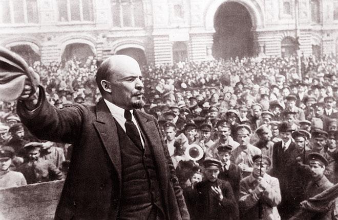 Cuộc Cách mạng Tháng Mười Nga gắn liền với tên tuổi và sự nghiệp, trí tuệ và bản lĩnh lãnh đạo của Vladimir llyich Leenin. Ảnh: International communist Press (cand.com.vn)