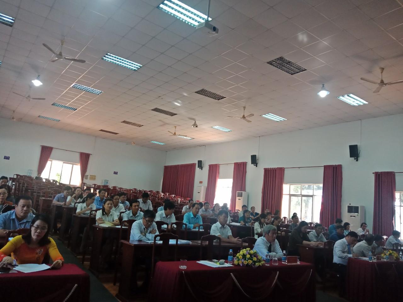 Các đại biểu và học viên tham dự Lễ khai giảng