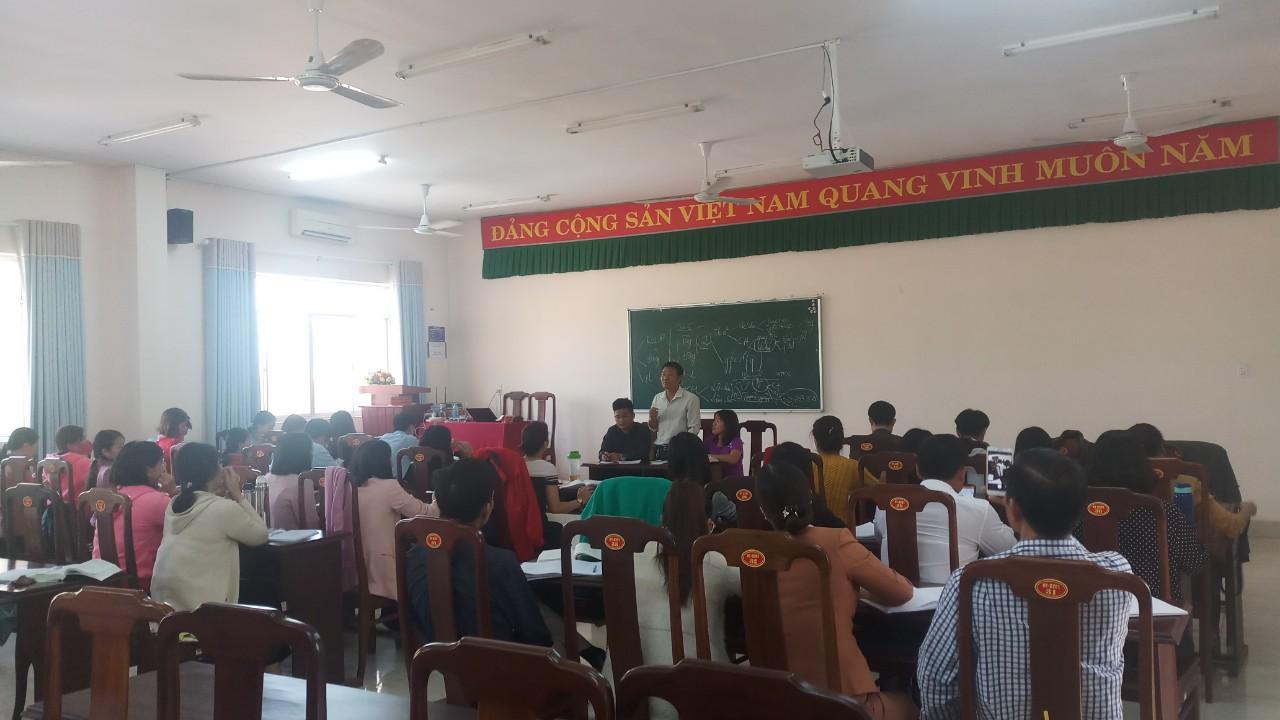 Một buổi sinh hoạt chi bộ lớp TC 116